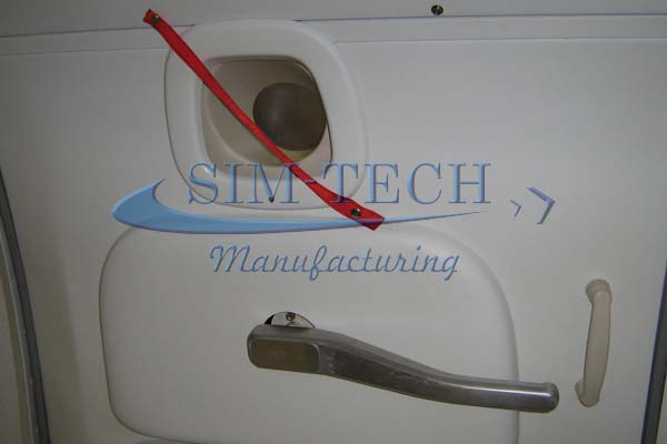 Boeing B-737 L1 Door & SIM-TECH Manufacturing - Photographs: Boeing B-737 L1 Door Trainer